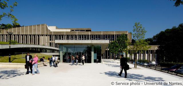 La faculté de droit sur le campus du Tertre
